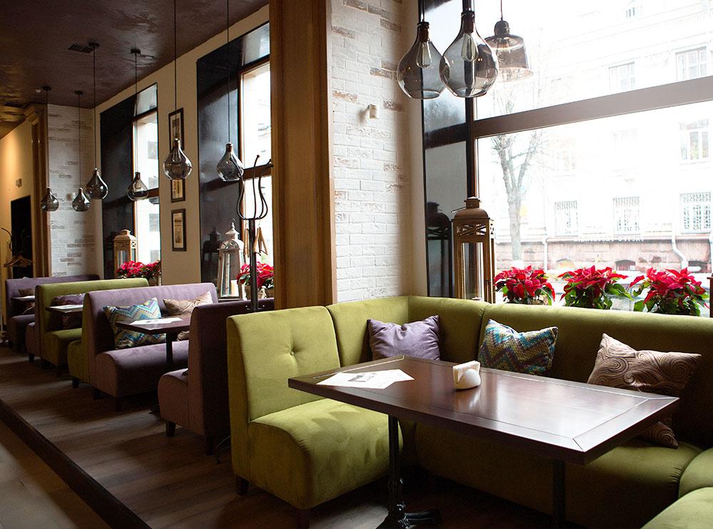 Ресторан «Фамілія», інтер'єр закладу фото 12