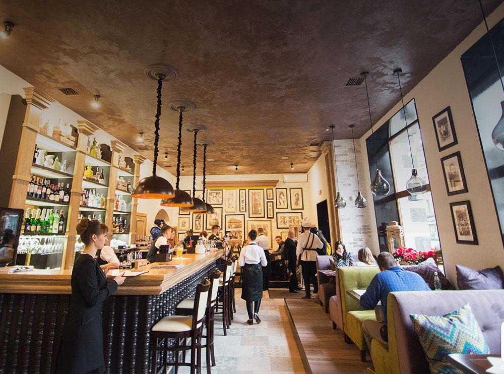 Ресторан «Фамілія», інтер'єр закладу фото 6